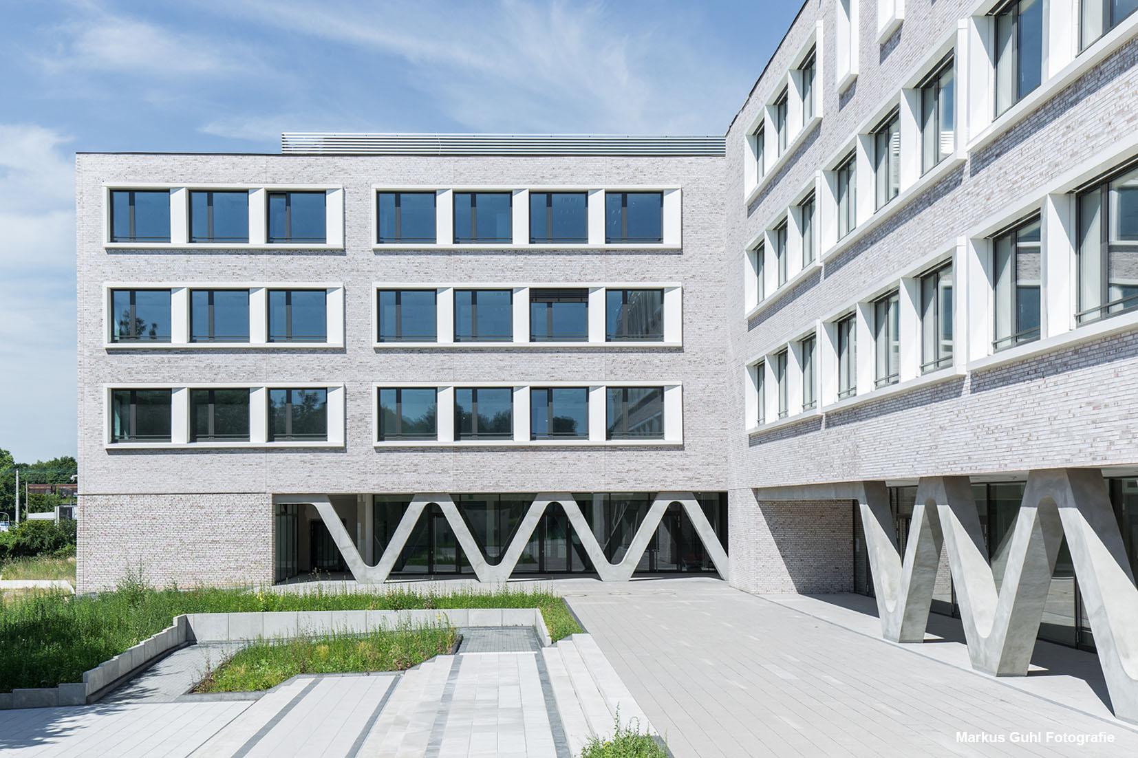 Landschaftsarchitekten Köln jetter landschaftsarchitekten schulzentrum dialog